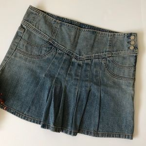 GAP Front Pleat Denim Skirt